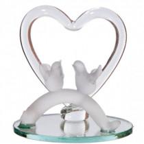 Colombes et son coeur pour les Noces d'or ou mariage